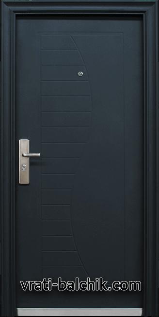 Блиндирана входна врата модел 701