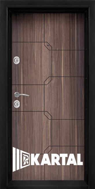 Блиндирана входна врата модел Т 910